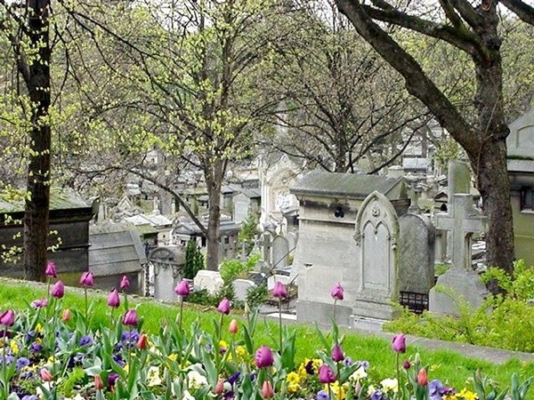 Cemetery of Pere Lachaise tour with private guide