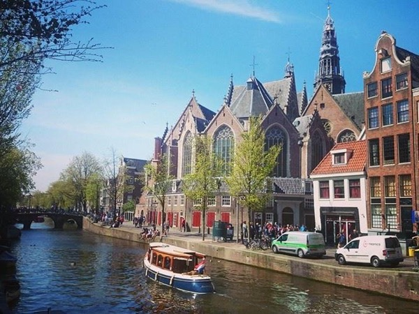 Old Amsterdam & Red Light District Private Tour