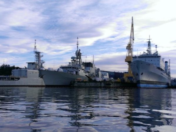 Historical Tour of our Islands National Defence in Victoria
