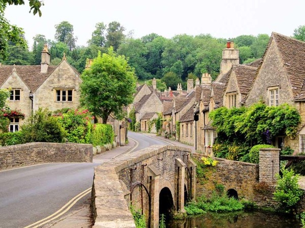 Castle Combe, Lacock and the South Cotswolds from Bath