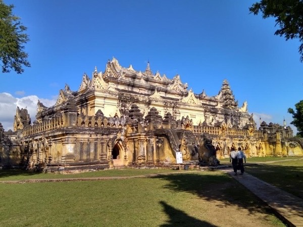 Private Myanmar Tour (11/Day)