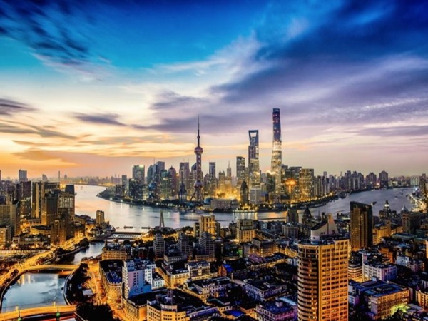 Shanghai city tour with authentic food taste and local market experience