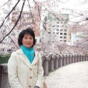 Private tour guide Asako