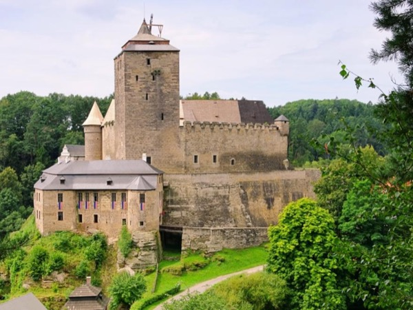 Bohemian Paradise and Kost Castle Day Trip - Private tour
