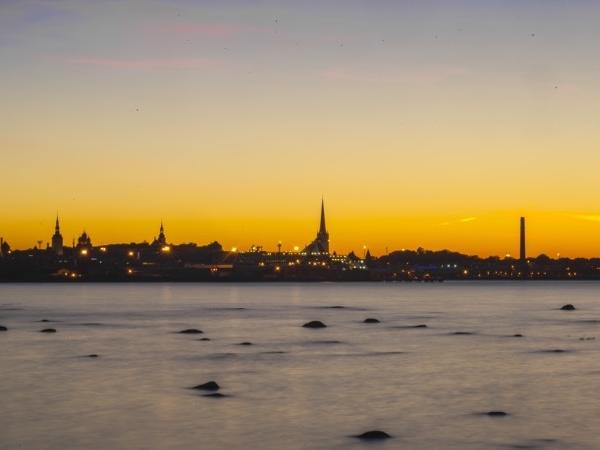 Tallinn Full Day Excursion (1-4 people)