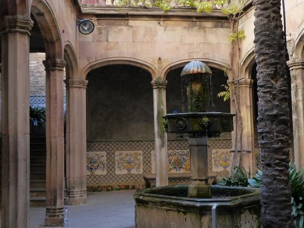 Roman and Medieval Barcelona Best Walking private tour