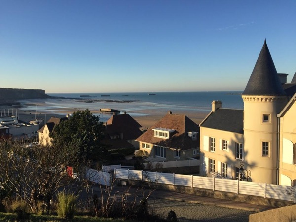 Private tour on D-Day Landing beaches from Caen/ Bayeux/ Honfleur for 2-3 people only