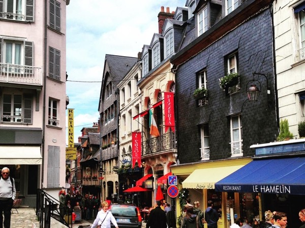 Private walking tour to Honfleur