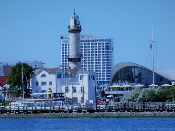 Warnemünde and Rostock for cruise ship passenger - a half - day tour