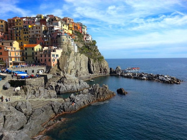 Best of the Cinque Terre by boat or train