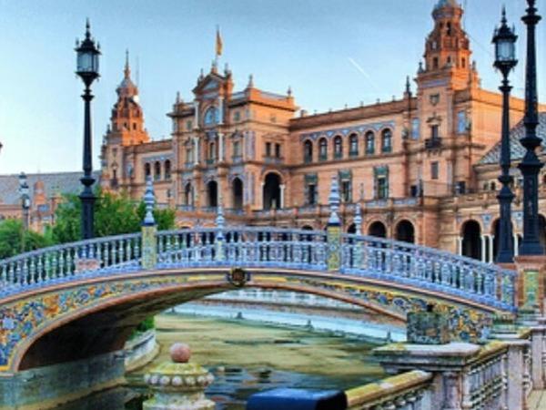 Jewels of Sevilla from Cádiz - Private tour