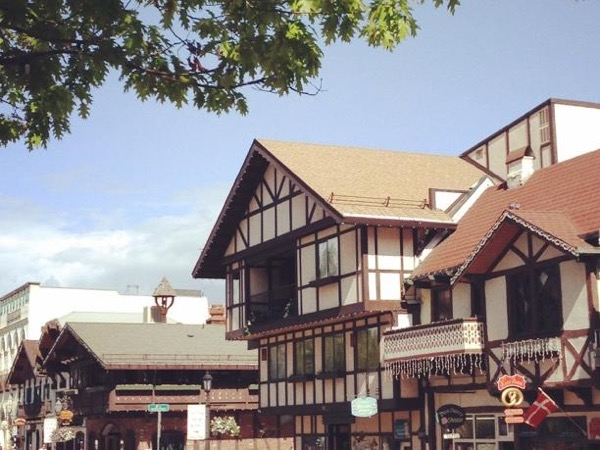 Private Tour to Leavenworth from Seattle with Wine Tasting