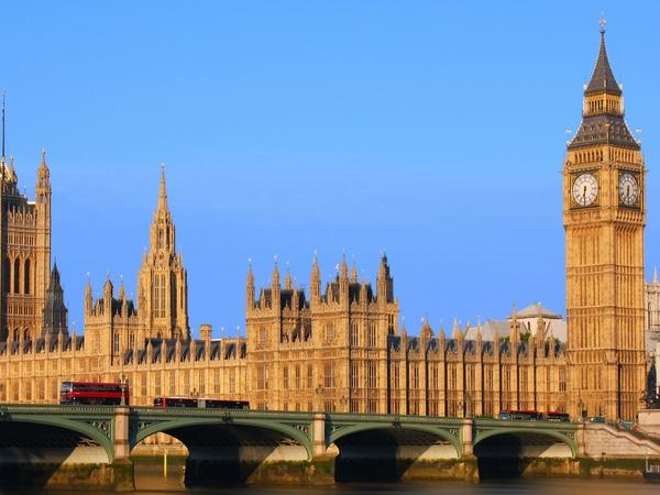 A private introductory guided tour of some of London's greatest sights.