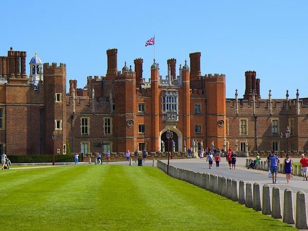Hampton Court Palace Private Tour