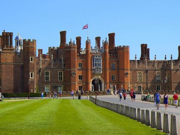 Royal Windsor and Hampton Court Private Tour