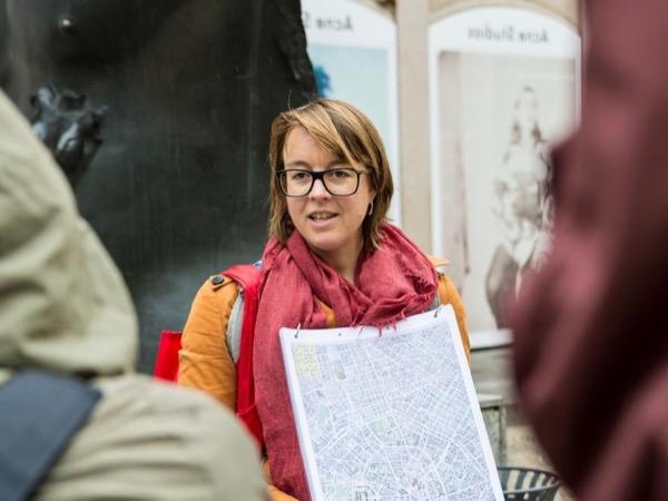 Private tour guide Inge