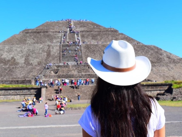The pyramids of Teotihuacan private tour