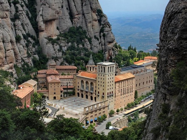 Awesome Montserrat private tour