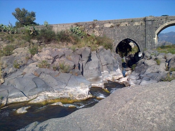Etna Wine Tasting and Alcantara Gorges