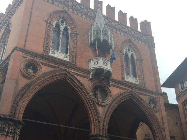 Bologna, history and art