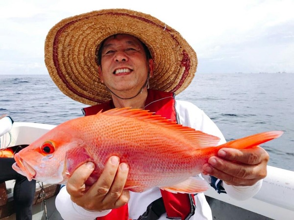 Brunei Offshore Fishing Experience - Full Day (up to 5 guests)
