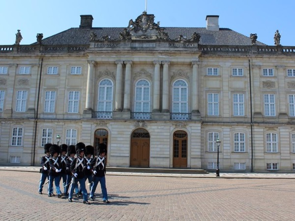 Shore Excursion - Copenhagen Highlights by Private Minivan or Minibus