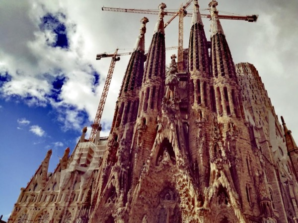 Best of Gaudí in a half day private tour (4 hours)