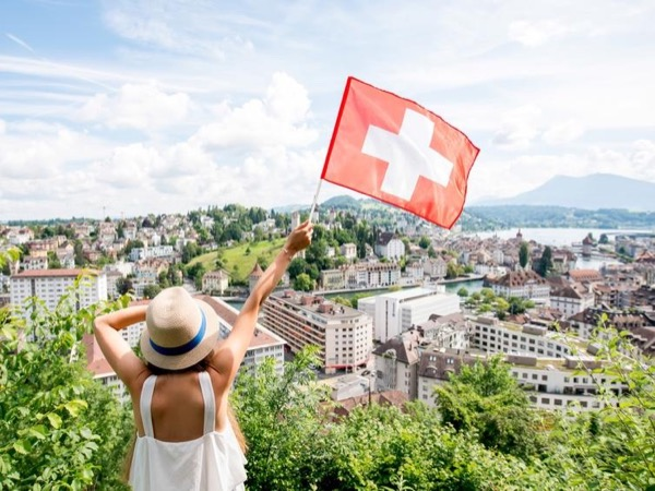 Guided city walk of Lucerne (Basic 2h)