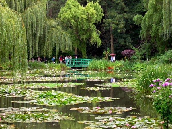 Giverny and the Seine Valley