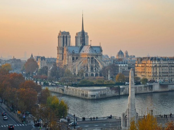Half day Paris sightseeing tour