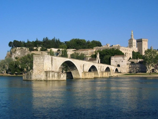 Provence Highlights : Avignon, Les Baux, Pont du Gard - Private tour - 8 hours