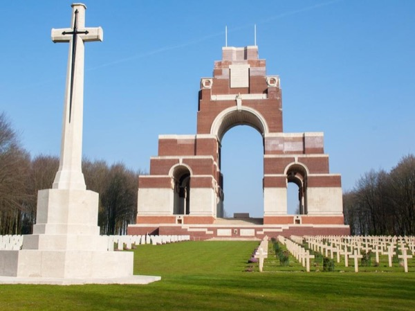 WWI Somme Battlefields Day Trip from Paris
