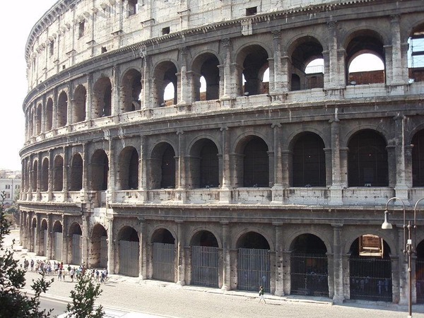 Ancient Rome for Kids: The Colosseum and the Roman Forum