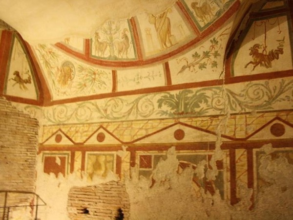 Ancient Rome Deluxe Guided Tour: Colosseum, Forum, Palatine Hill and Frescos in the Roman Houses