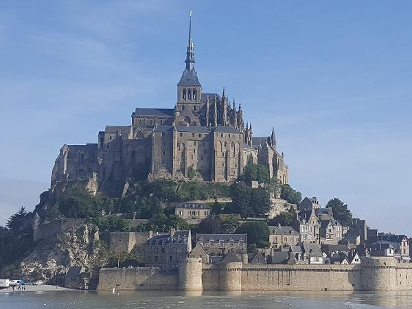 Wonderful Mont Saint Michel private tour with a local guide