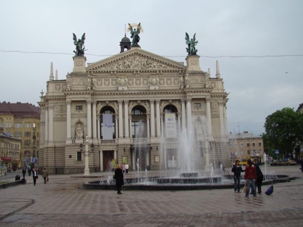 Walking tour around UNESCO World Heritage area in Lviv
