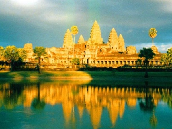 2-Day VIP3 : 5 Best temples + Best Floating Village