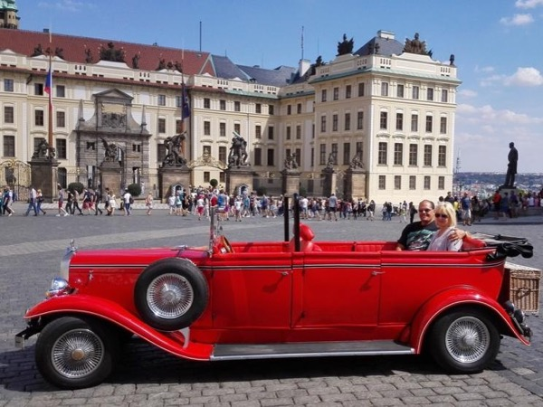 Sightseeing drive in the vintage car and walking tour