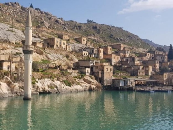Halfeti and Birecik (Euphrates) Private Tour