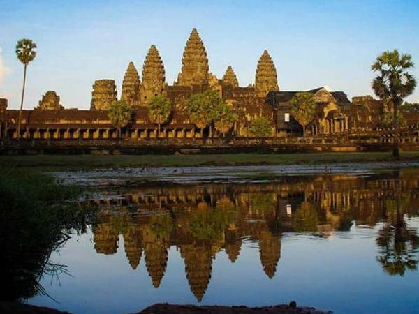 Sunrise Angkor Wat - One Day Private Tour