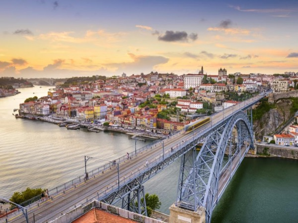 4 Days Coimbra Aveiro Porto & Douro Private Tour