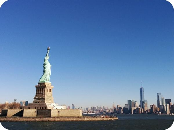 One Day: Statue of Liberty and World Trade Center, 9/11 Memorial/Ground Zero Private Guided Tour