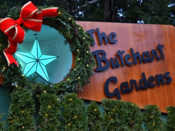 Magic of Christmas Butchart Gardens City Lights Private Tour