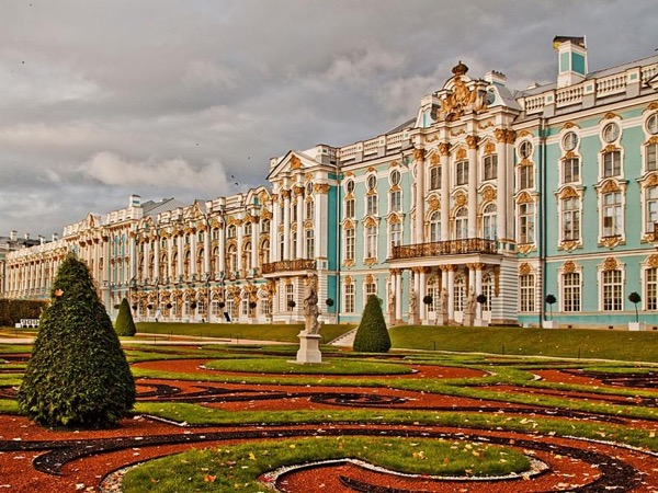Private tour of Catherine's palace in Pushkin town