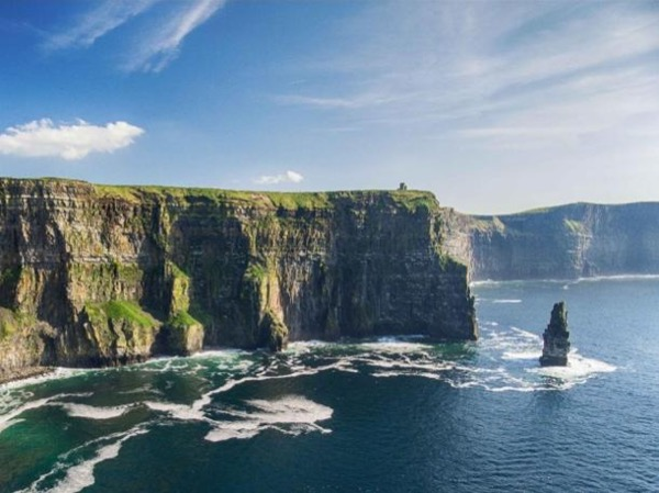 Private 2 Day West Coast Experience - Cliffs of Moher, Galway and Connemara