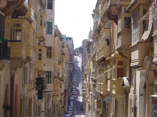 Pure Valletta Private Walking Tour