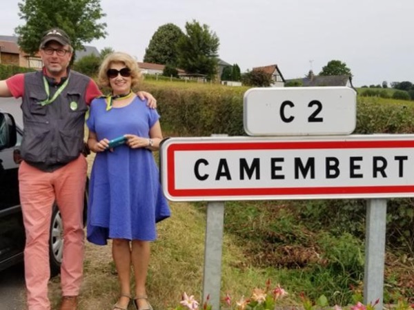 Apples, cottages and Castles of Normandy Private Tour for up to 4 people.