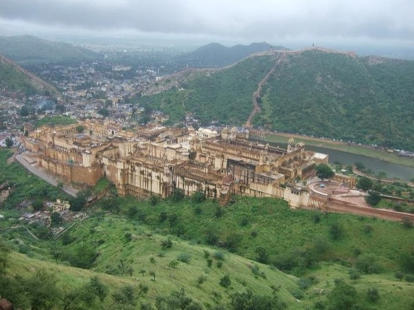 Jaipur sightseeing and shopping