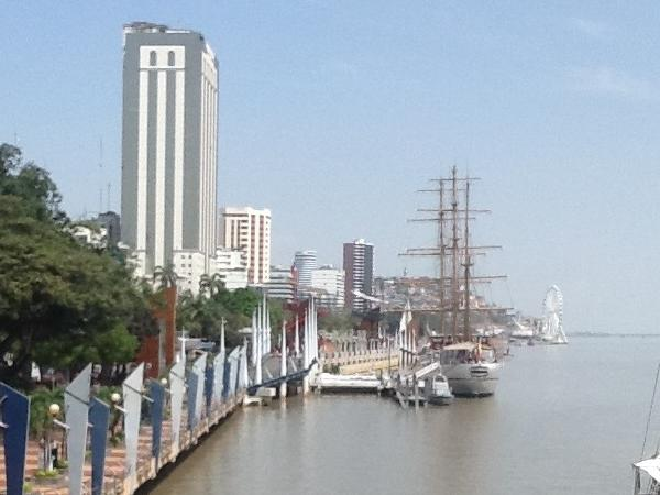 Private Guayaquil City Tour and Historical Park