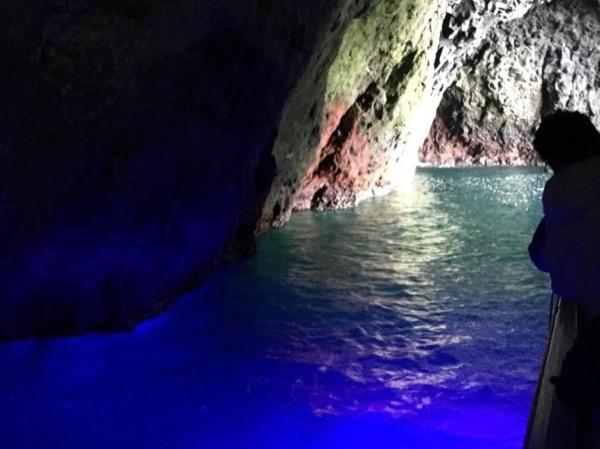 Otaru - Blue Cave cruise and Gourmet Tour (April-October)